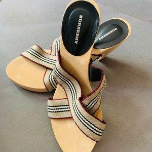 New Burberry Sandals w/o Box